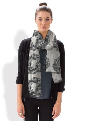 vida scarf 1